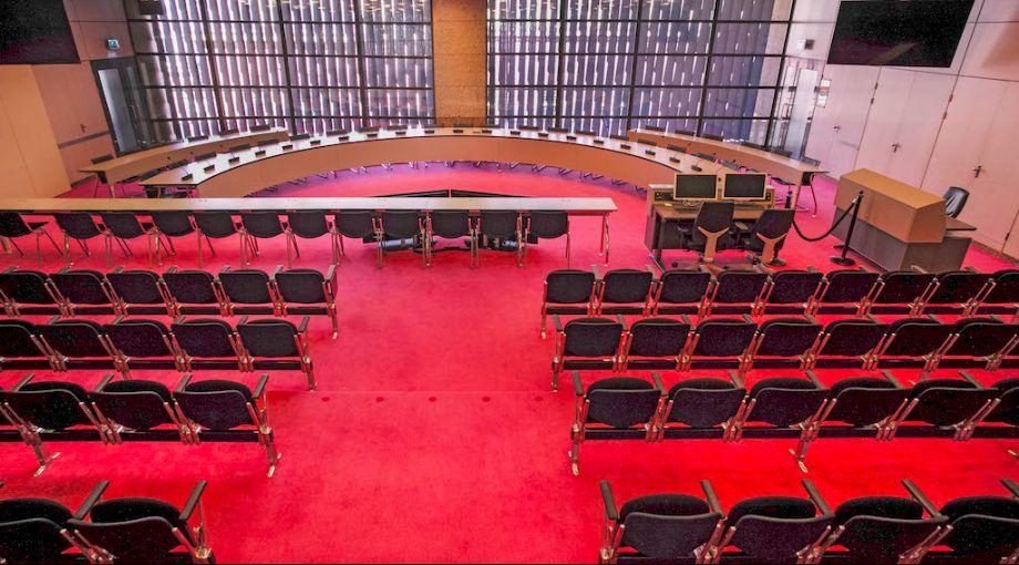 Debat Renovatie Binnenhof/tijdelijke huisvesting Tweede Kamer (B67)